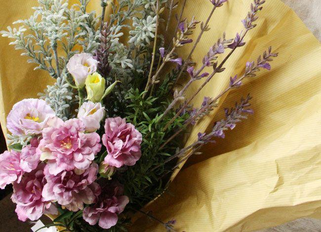 バンクシアローズの造花ブーケ