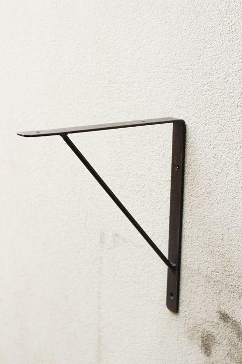 素朴な鉄のラージブラケット・M