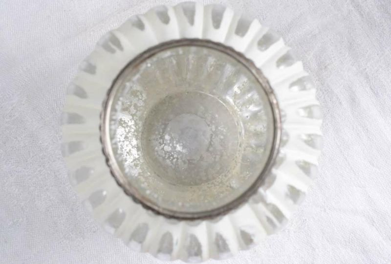 ガラスの一輪挿し内部