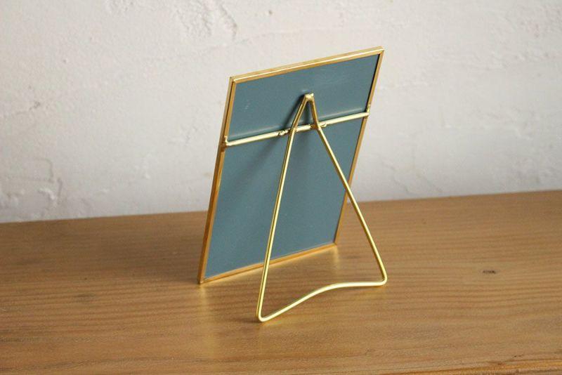 真鍮のエレガントな置き鏡