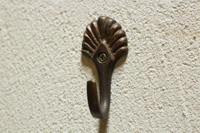 真鍮の小さなシェルフック