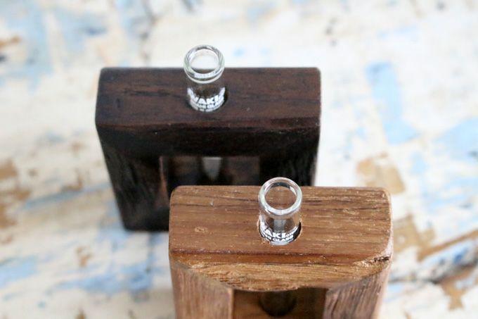 古材の小さな一輪挿しフレーム