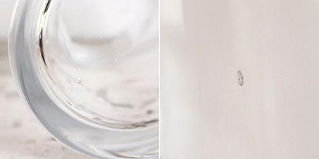 気泡やゆがみのあるガラス