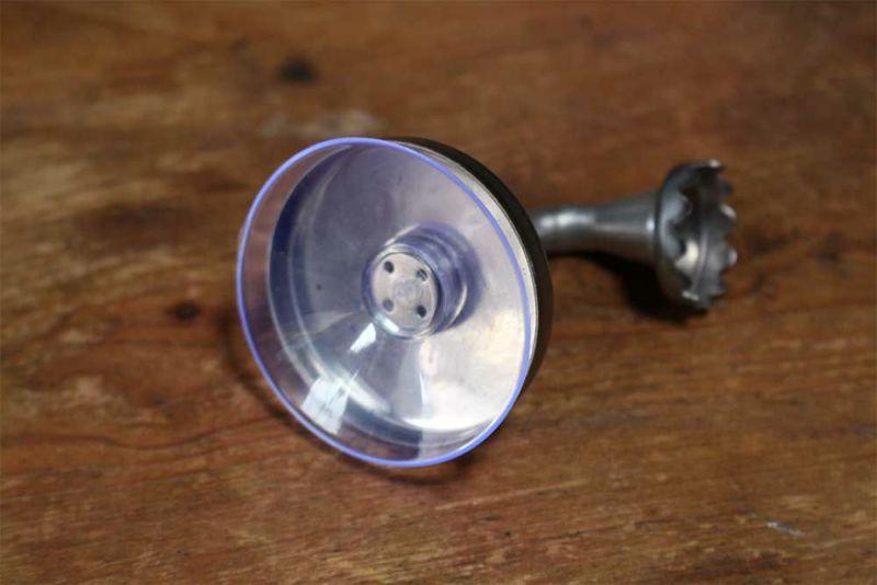 磁石と吸盤を使ったソープホルダー