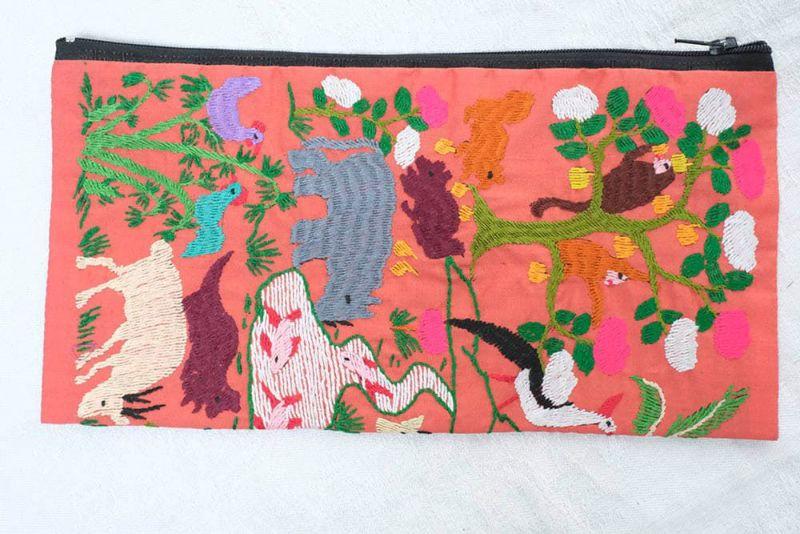 モン族刺繍ポーチ白表