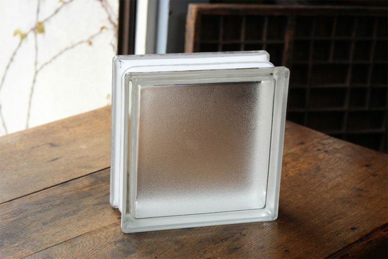 ラグジュアリーな空間が作れる内装用gラスブロック