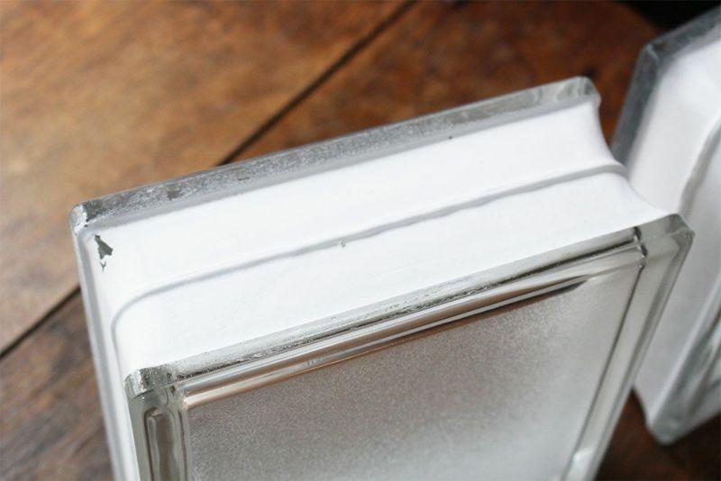 エクステリアに使える厚みのあるガラスブロック