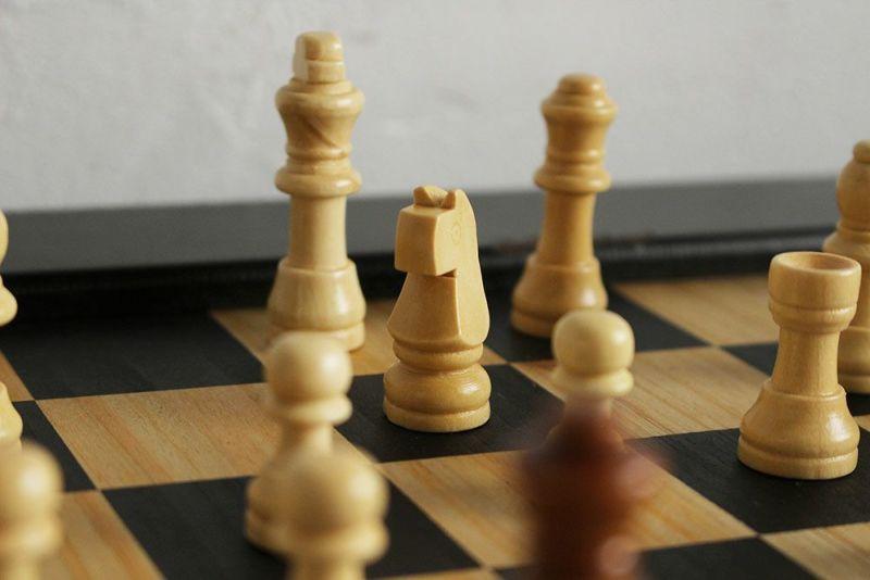チェス専用のコンパクトなテーブル