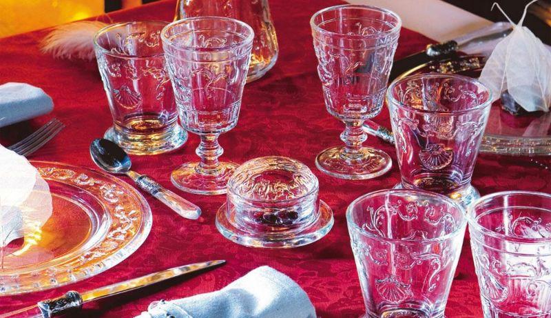 豪華な食卓にLa Rochere(ラ・ロシェール)社ヴェルサイユ タンブラー