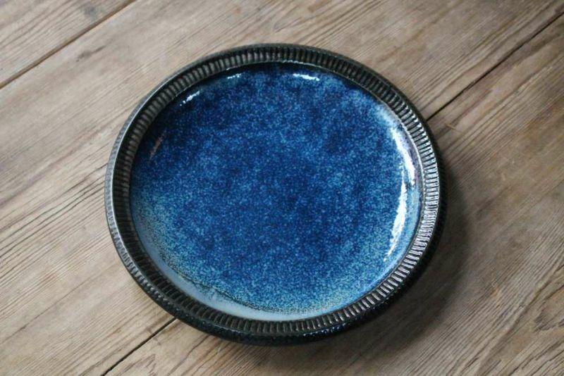 ブルーの大皿