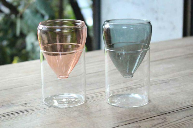 ピンクとグレーの2種類