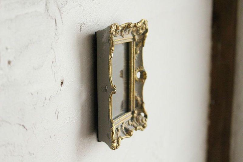 フォトフレーム感覚の小さな鏡