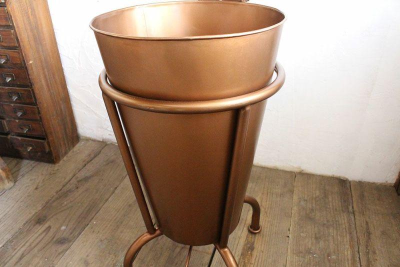インテリア性の高いゴミ箱