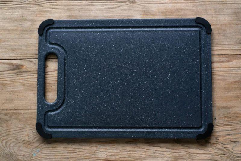 アウトドアでも使えるカッティングボード