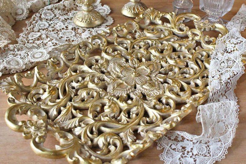 アラベスクのゴールドトレイ