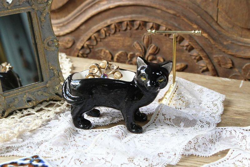 黒猫の小物入れ