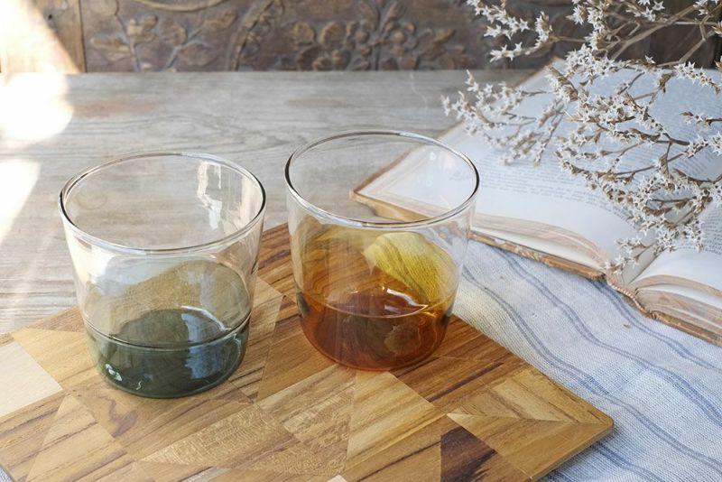 耐熱のガラス製コップ