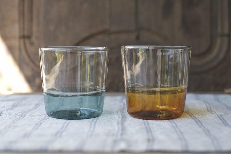 かわいいカラードグラス