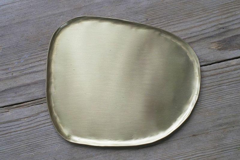 真鍮製の綺麗なトレイ