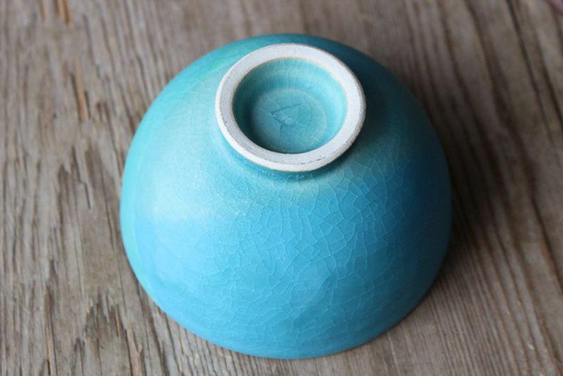 笠間焼作家の色彩碧釉の茶碗