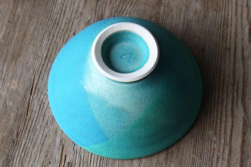 ハンドメイドの笠間焼の茶碗