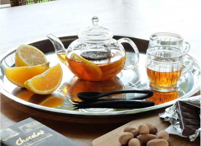 おうちカフェを楽しむ器と雑貨のイメージ写真