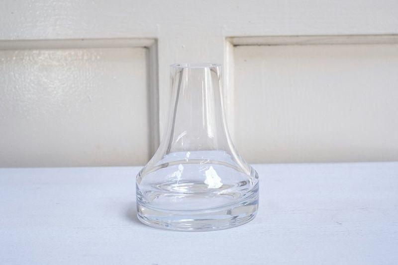 シンプルなガラスシリンダー