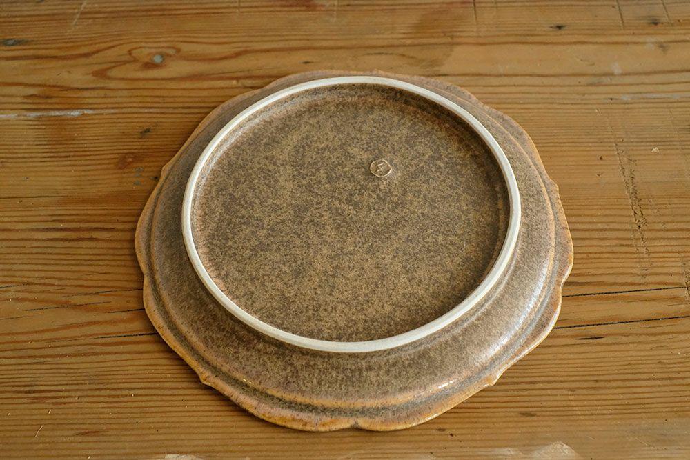 【後藤奈々】輪花6寸皿(18.5cm) 茶