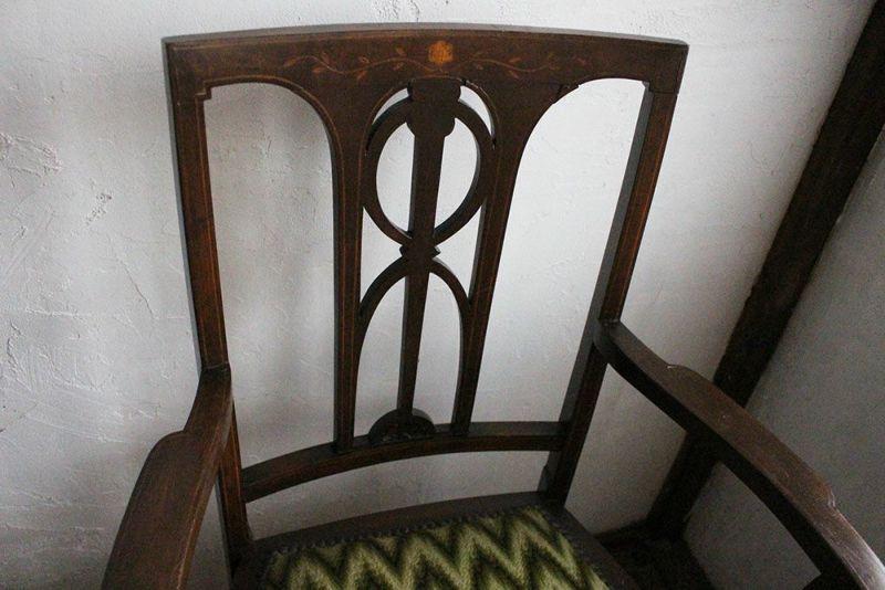 アンティーク肘掛け椅子