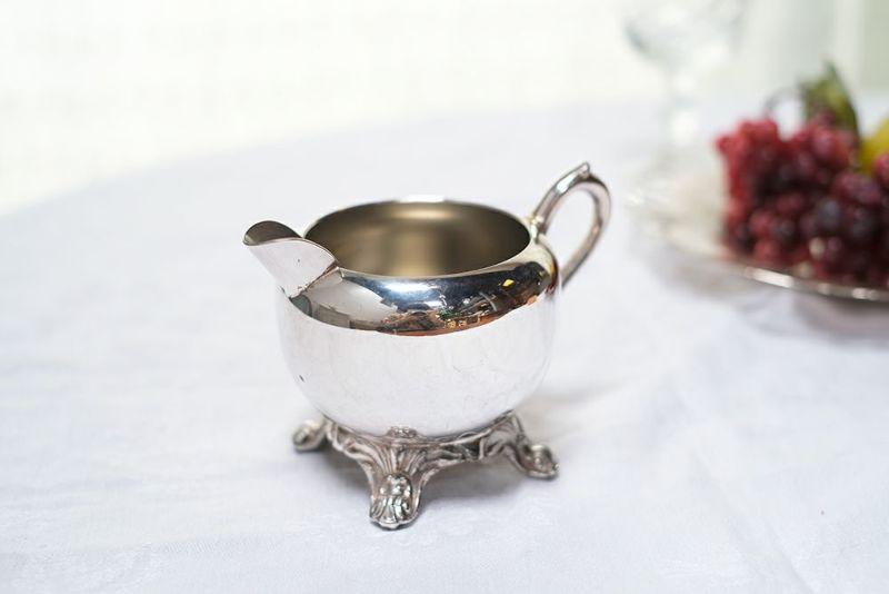 アンティークシルバープレートのミルクジャグ