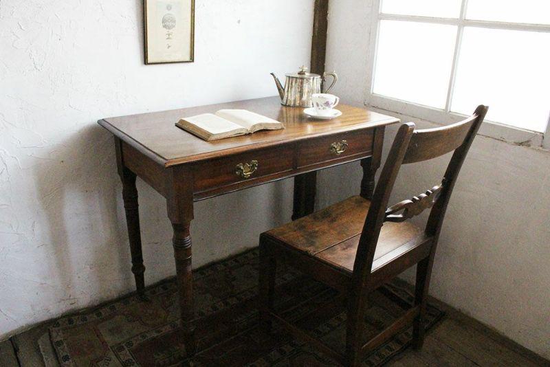 アンティーク・スモールテーブル