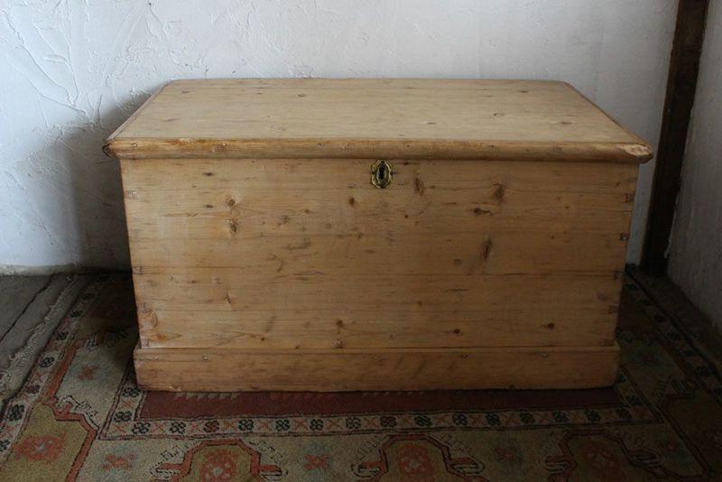 アンティークブランケットボックス