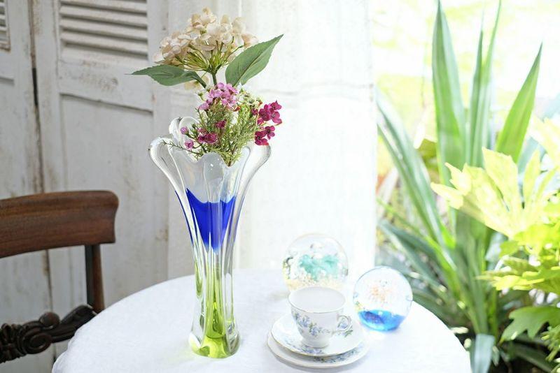 ビンテージチェコスロバキアガラスアート花瓶