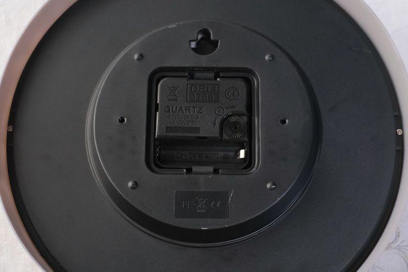単三電池1つ使用。※電池は付属しません。
