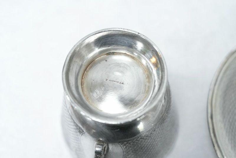 英国の銀のカップアンドソーサー